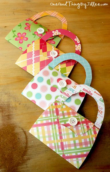 DIY purse notecard, gift card holder, or invitation. So versatile! :-)