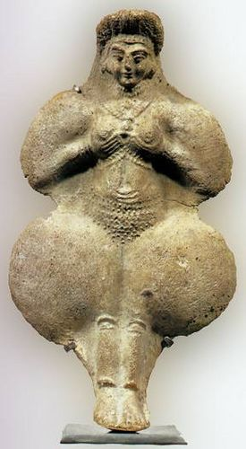 The Goddess Inanna in breast-offering pose. As early as 3500 B.C.E. Inanna was worshiped as the great Goddess of Sumeria. Also known as Queen of Heaven and Earth, Priestess of Heaven, Light of the World, First Daughter of the Moon, Righteous Justice, Holy Shepherdess, and Loud Thundering Storm.
