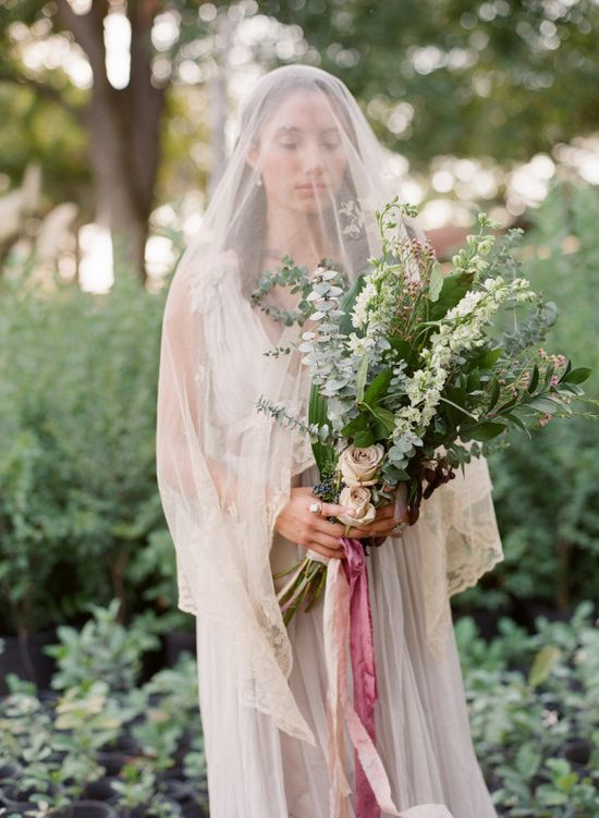 Grey Maiden wedding inspiration ~ Laura Catherine Photography