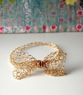 Gold Easy Crochet Bow Bracelet - I have always had thoughts of crocheting with wire!!