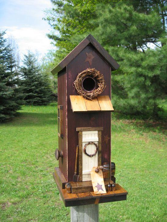 Charming Birdhouse!!