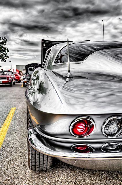 'vette.#celebritys sport cars #luxury sports cars #ferrari vs lamborghini #sport cars
