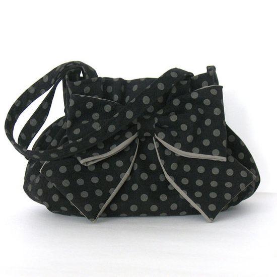 Bow & Polka dot purse.
