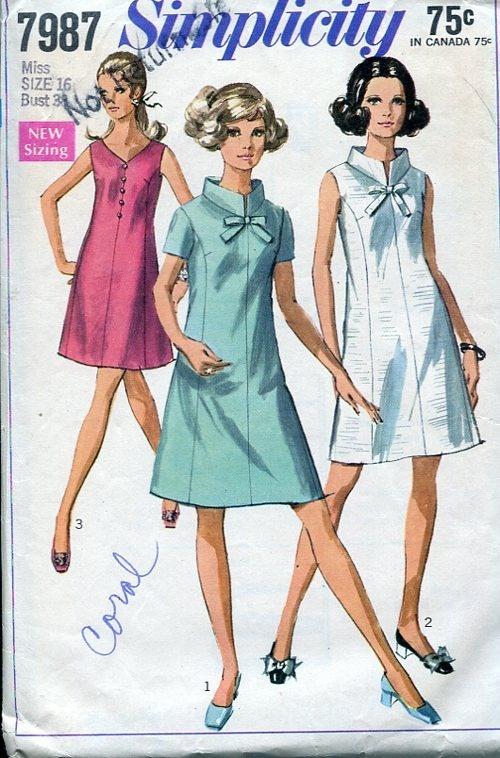 Vogue Simplicity McCall's - Simplicity 7987 Retro 1960's Mod Dress 38