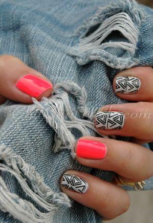 tribal nail art.