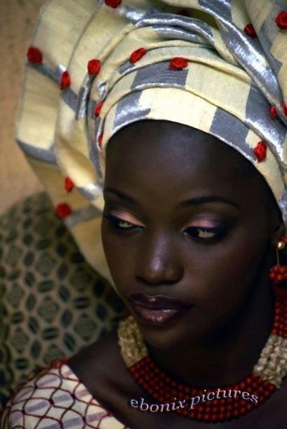 Gorgeous dark skin and complimenting make up