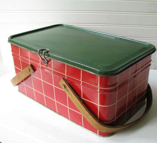 vintage picnic basket tins