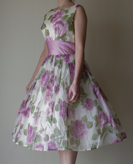 Lavender and roses....  #1950s #party #dress