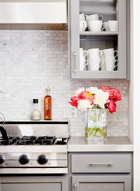 Grey kitchen with a feminine touch