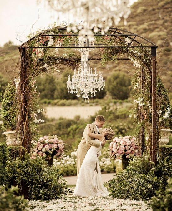 Photo: Victor Sizemore #Romantic Life Style