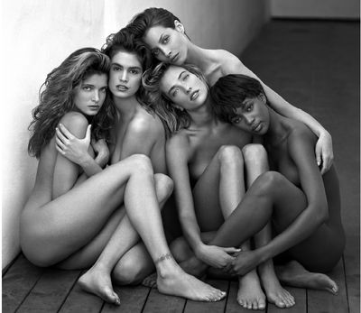 Stephanie Seymour, Cindy Crawford, Tatjana Patitz, Christy Turlington and Naomi Campbell taken by Herb Ritts in 1989.