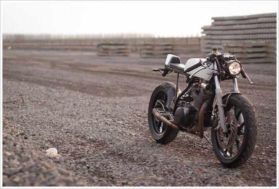 Yamaha SR250 - FirstNotion - Pipeburn - Purveyors of Classic Motorcycles, Cafe Racers & Custom motorbikes