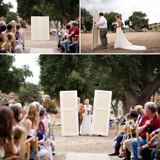 Brilliant idea for outdoor weddings.