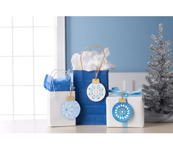 Make each of your gifts into something special with these beautiful gift tags !