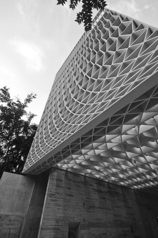 A Simple Factory Building, Singapore, 2012 bit.ly/xzrq5P #archilovers #architecture #design #offices