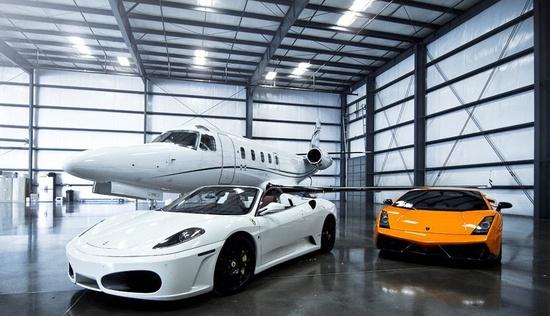 Ferrari vs Lamborghini vs Jet :)  Which 1 would you choose ?