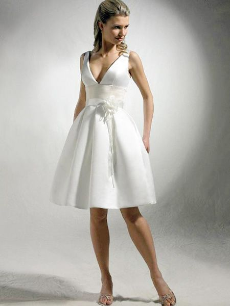 hot dress that will look awesome on Liz