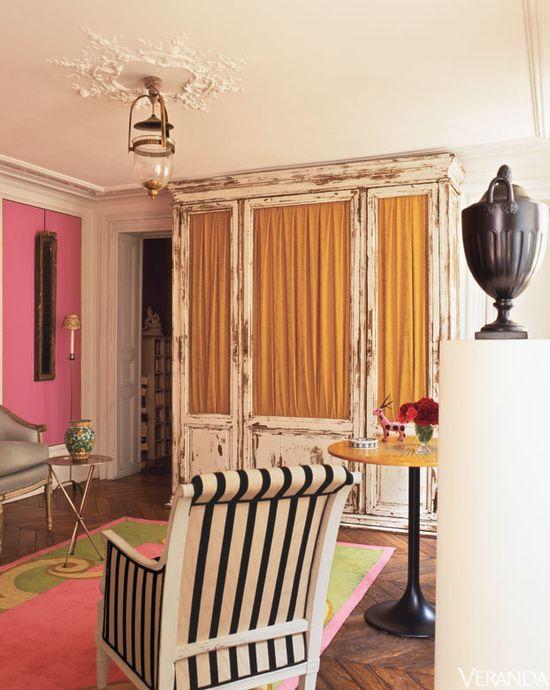 A vibrant Parisian pied-à-terre designed by Roberto Bergero.