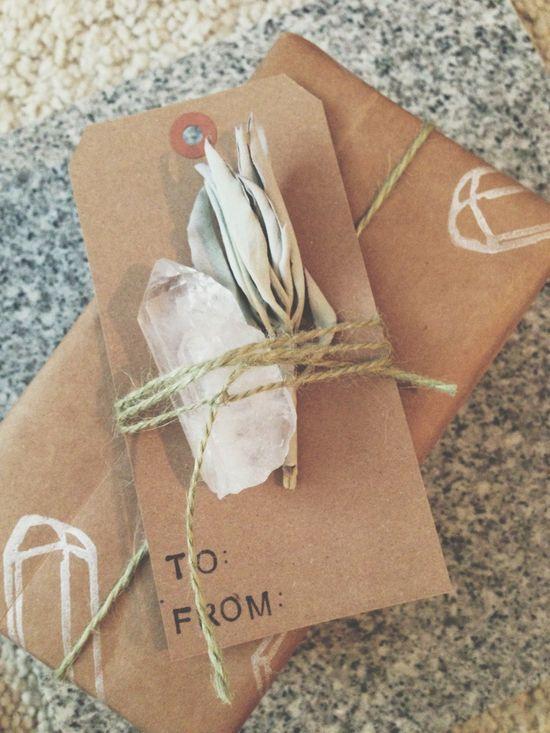 holiday diy gift wrapping & gift tags aquariansouldesig...