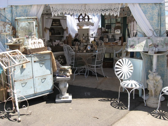 """Sweet Magnolias Farm"" at ""The Vintage Marketplace"""