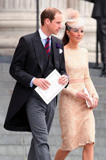 Top 10 Hottest Married Celebrity Couples #KateMiddleton #PrinceWilliam #Love