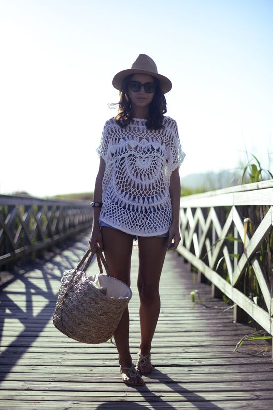 Nice beach cover-up and beach bag