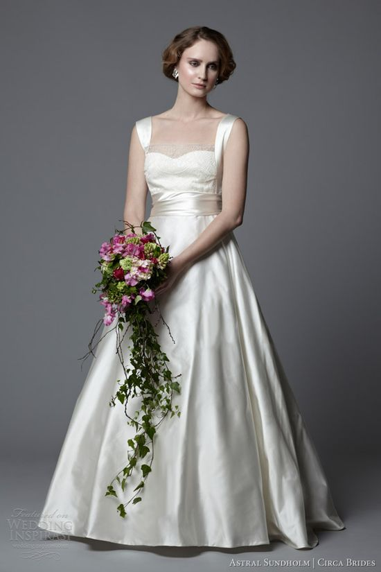 Vintage Brides 2014 Antoinette Wedding Dress