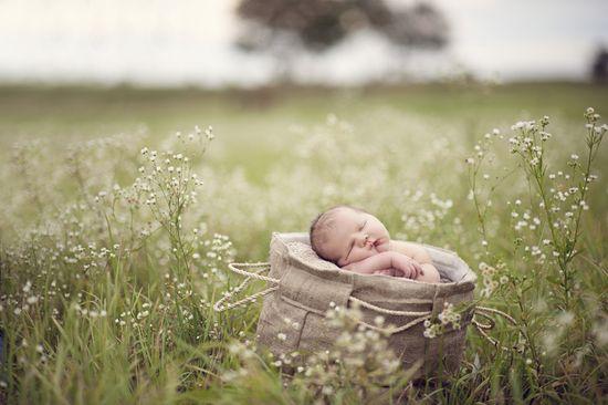#outdoor, #newborn, #photography