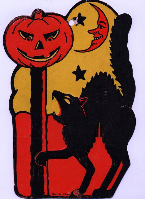 I love the old vintage Halloween decorations!