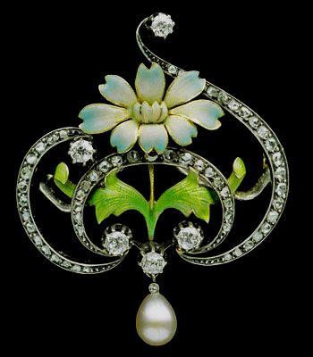 Art Nouveau Brooch, Gold, Enamel, Diamond and Pearl.  ca.1900