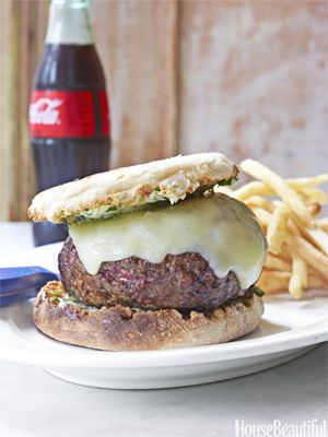 Gabrielle Hamilton's cheeseburger. Photo: John Kernick. #recipe #burger #cheeseburger #gabrielle_hamilton