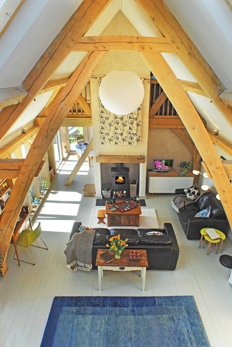 gorgeous cottage Living Room--beautiful beams, and lots of light, big open area