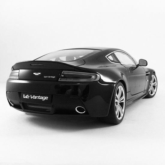 Aston Martin Vantage! seriously cool!