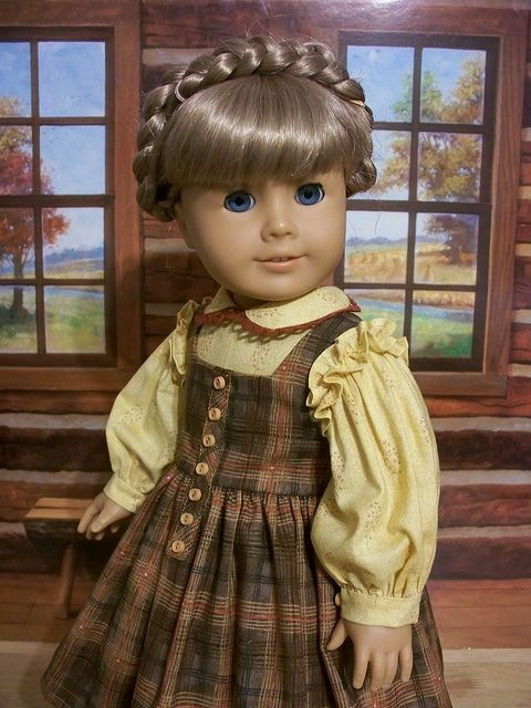 Wish I had....1850's Fall Dress and Pinafore made for Kirsten by Keepersdollysduds. The soft yellow and plaid are wonderful.