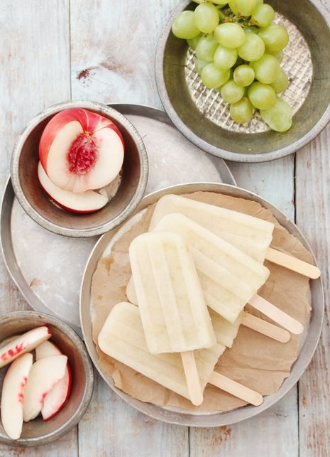 White Sangria Popsicles- yes please!