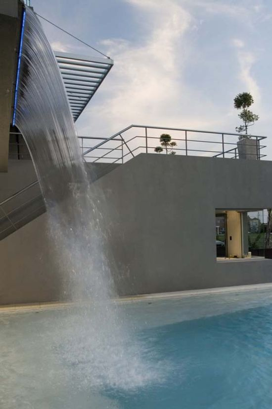 modern house design outdoor waterfall ideas