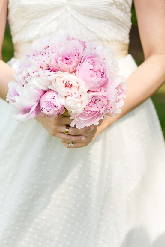 Pink peonies and Swiss dot perfection. love this ultra romantic combo  Photography by volatilephoto.com, Floral Design by vandafloral.com, Dress by www.ivyandaster.com/