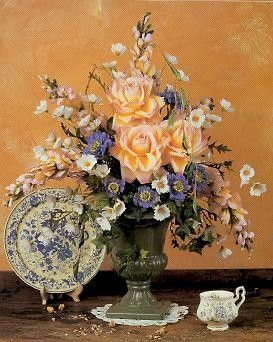 DIY: Flower Arranging : 8 Basic Flower Arrangements