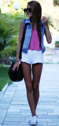 I love the jean jacket and sneakers together, looks comfy for summer.