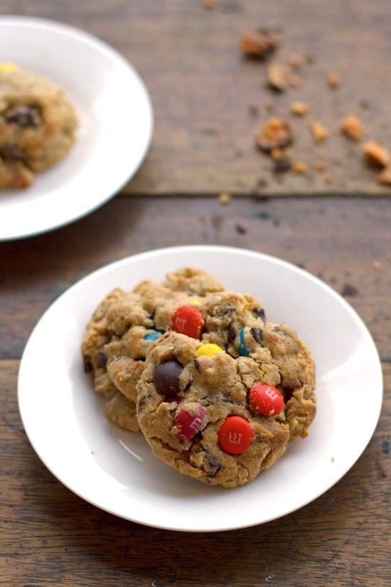 Butterfinger monster cookies. #food #cookies