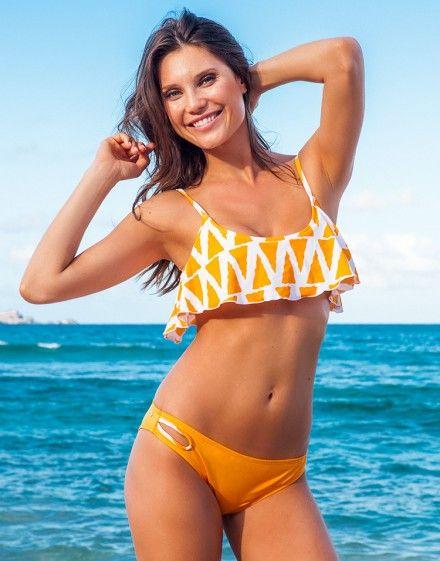 ruffle bikini top / adore me