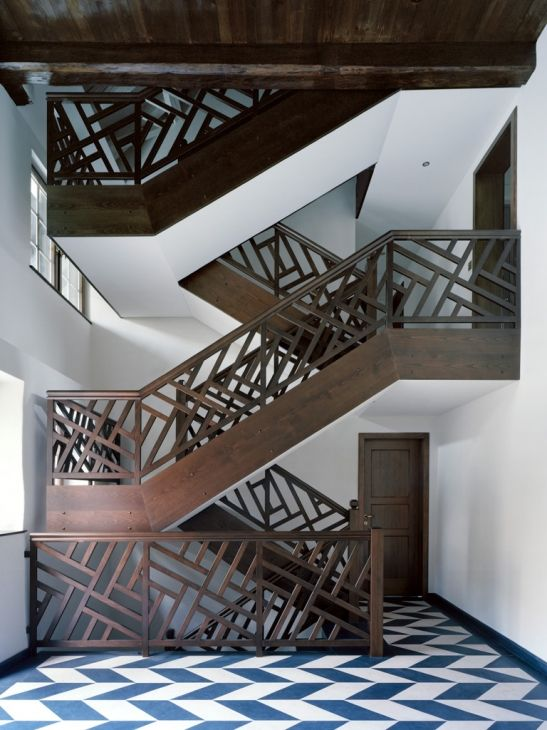 Beautiful staircase inside the Vogt House by Swiss architects Spillmann Echsle Architekten.