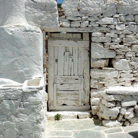 The old white door