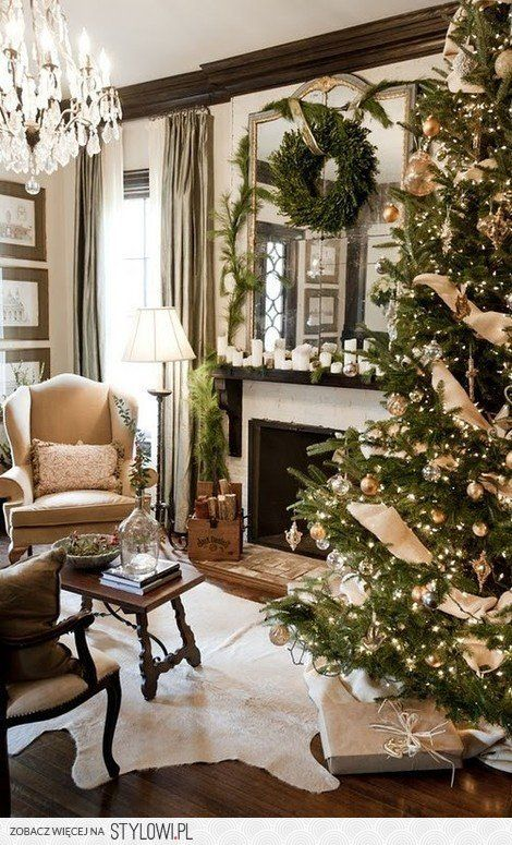 I like the colour scheme- can't wait to start decorating for xmas!