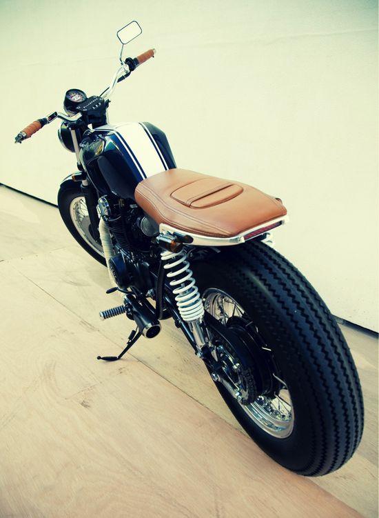 Honda CB350 by Ellaspede
