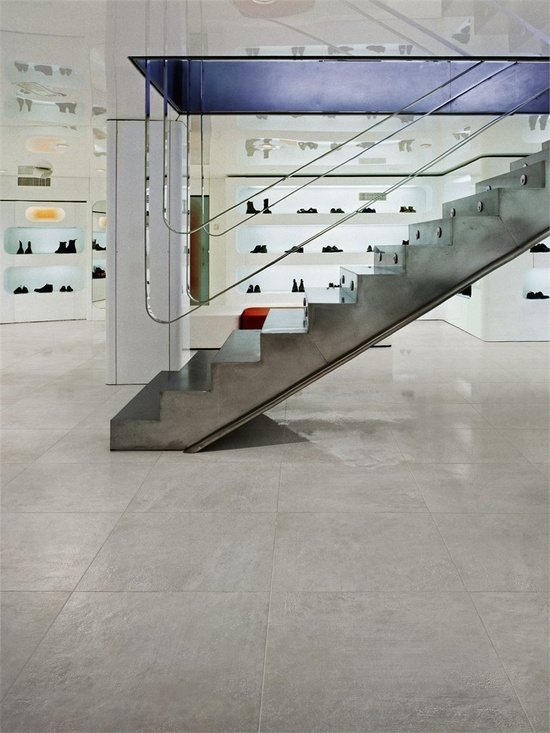 Porcelain stoneware wall/floor tiles LIVE by @Margres Ceramic Style #staircase