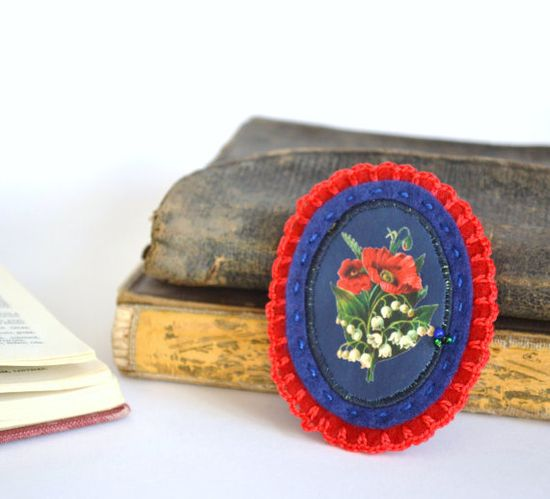 red and blue felt brooch  botanical victorian by redstitchlab, €20.00