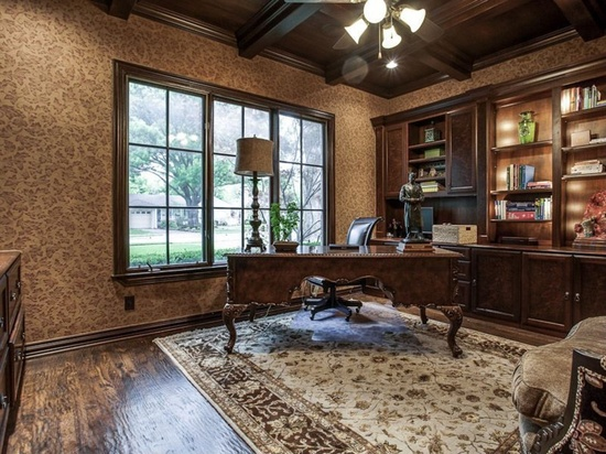 Traditional Office Designed to Sell