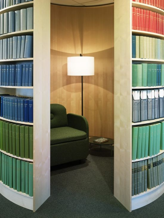 Svensk Travsport Offices / Note Design Studio:::::A room behind a bookcase?!
