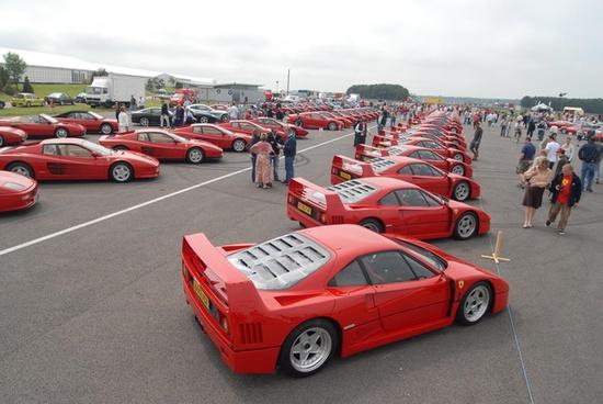 Salute-to-a-Supercar-The-Ferrari-F40-